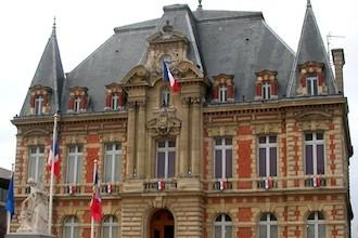 Rueil-Malmaison_Mairie-top
